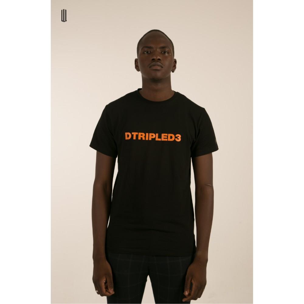 DTRIPLED3 BLACK TEE MAN